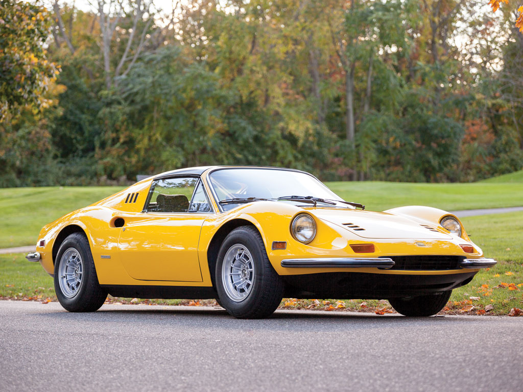 Ferrari Dino 246 GTS Chairs and Flares