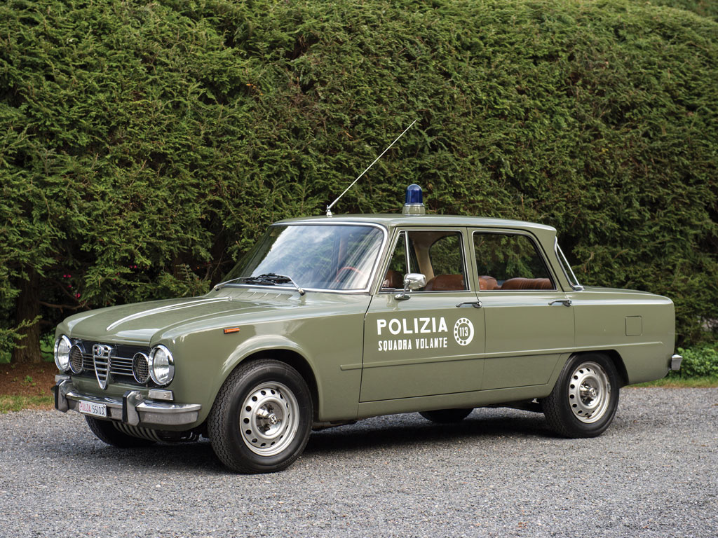 alfa romeo giulia super polizia. Black Bedroom Furniture Sets. Home Design Ideas