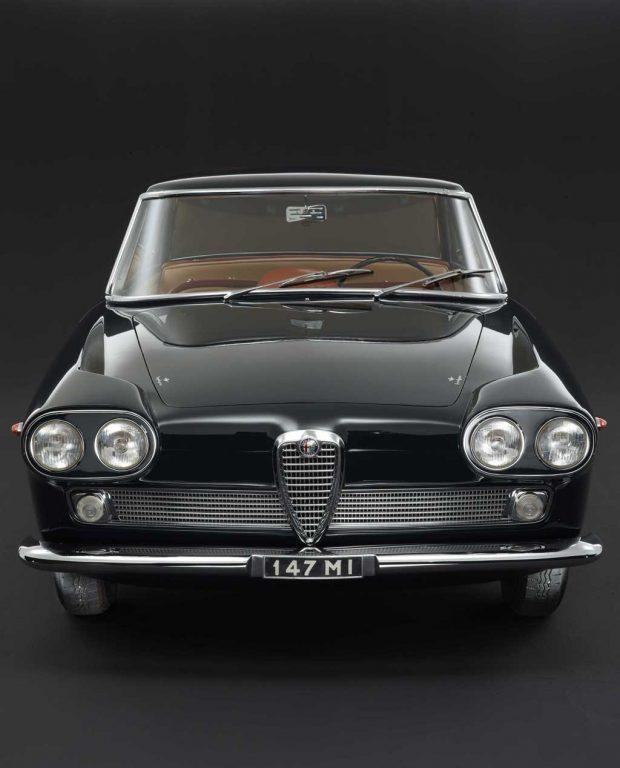 Alfa Romeo 2000 Coupe Praho Superleggera