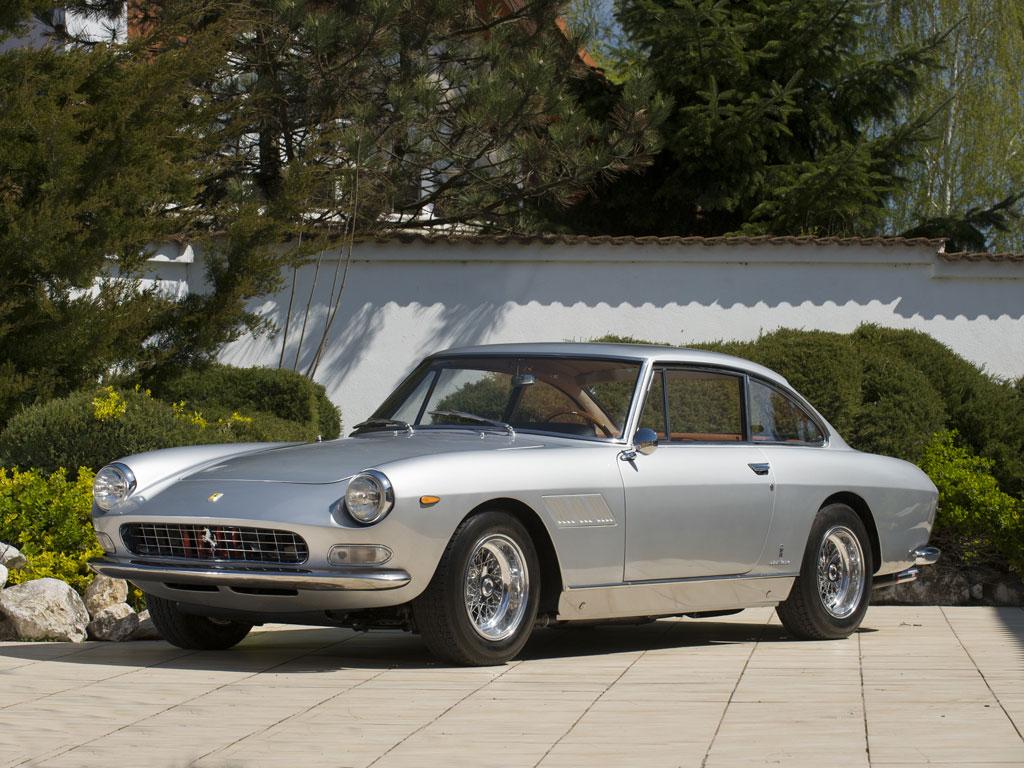 Ferrari 330 GT 2+2 by Pininfarina – 1965