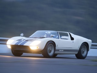 Ford GT40 Roadster Prototype – 1965