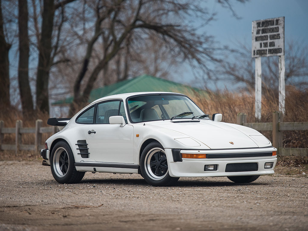 Porsche 911 Turbo Slant Nose – 1984