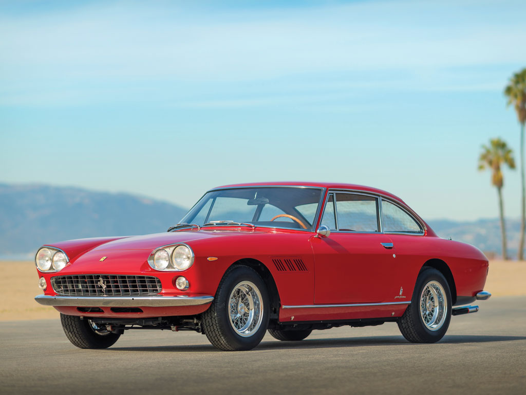 Ferrari 330 GT 2+2 Series I – 1966