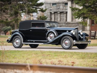 Packard Twelve Convertible Victoria – 1933