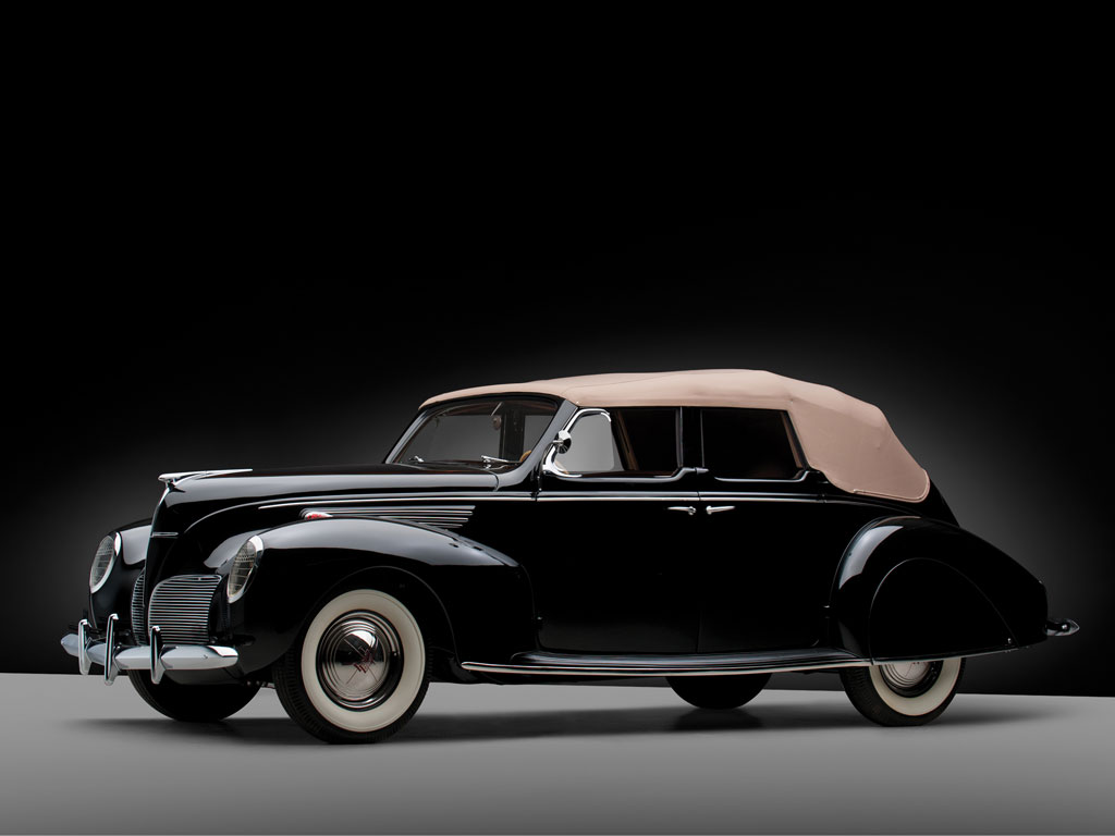 Lincoln Zephyr Convertible Sedan – 1938