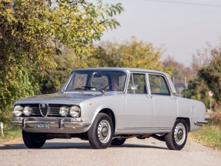 Alfa Romeo 1750 – 1971