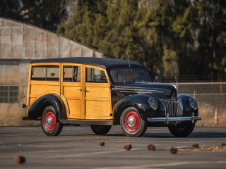 Ford V8 DeLuxe Station Wagon – 1939