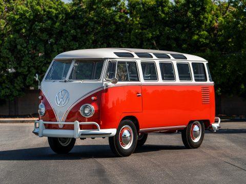 Volkswagen T2 Deluxe 23-Windows Microbus – 1961