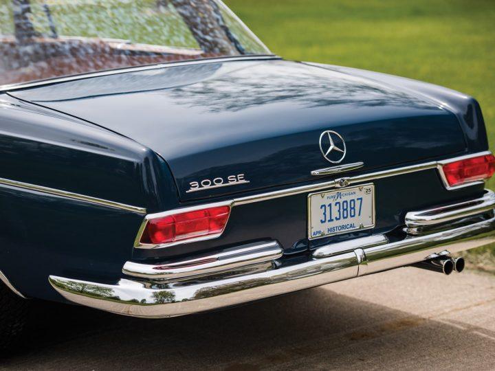 Mercedes 300 SE Coupe - 1965