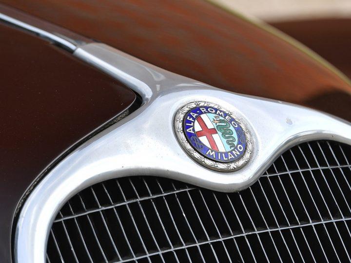 Alfa Romeo 6C 2500 Sport Cabriolet - 1939