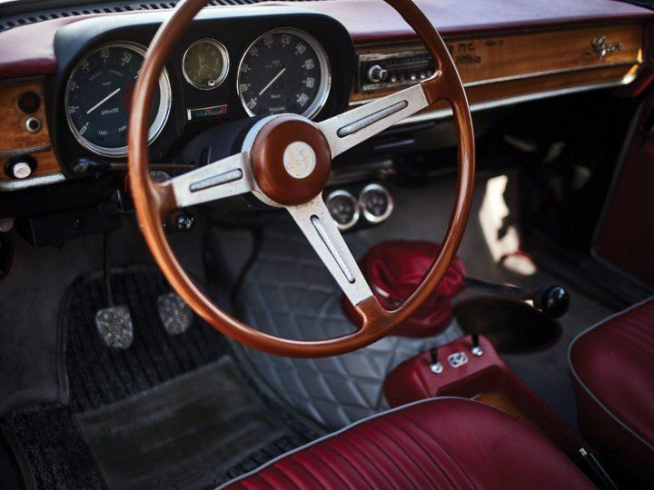 Alfa Romeo Giulia Super 1600 Familiare by Giorgetti - 1974