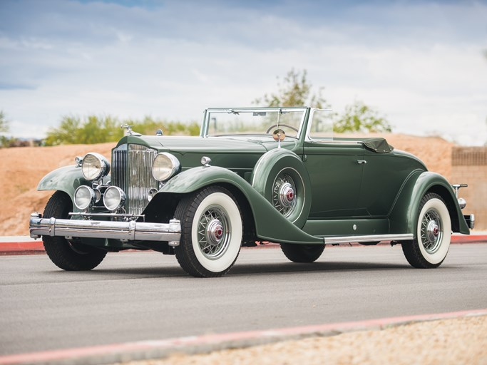 Packard Twelve Coupe Roadster - 1933