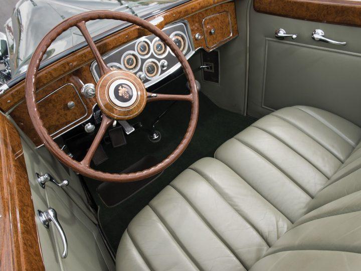 Packard Twelve Coupe Roadster - 1933 20
