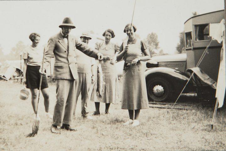 Pontiac Six 4 Litre Motorhome - 1936 25