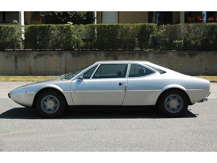 Ferrari Dino 208 GT4 - 1975