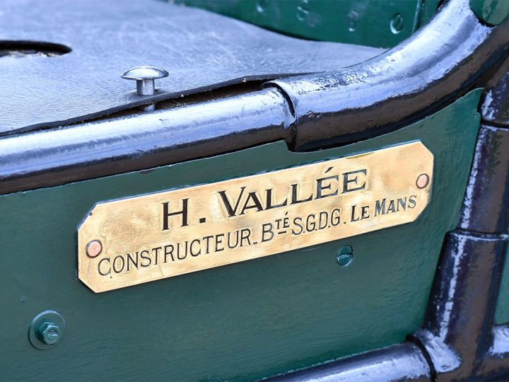 Henri Vallée Vis-à-Vis - 1897