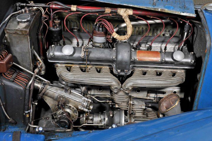 Alfa Romeo 8C 2300 Figoni Roadster - 1932