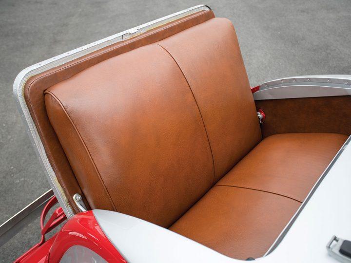 Hupmobile B-316 Boattail Roadster - 1933