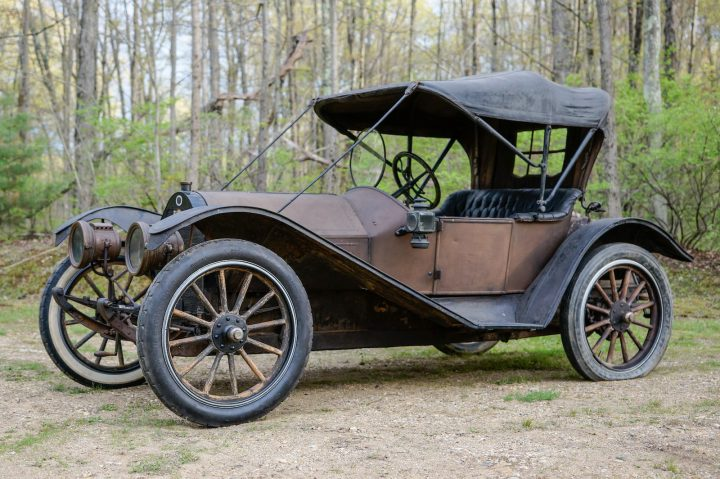 Regal Underslung Model N Runabout - 1910