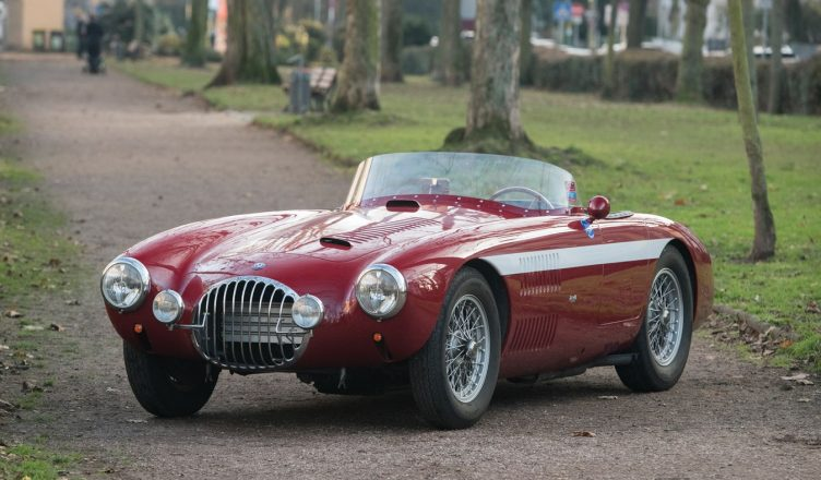 OSCA 2000 S - 1954