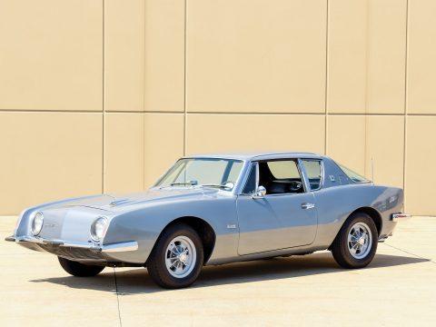 Studebaker Avanti R1 – 1963