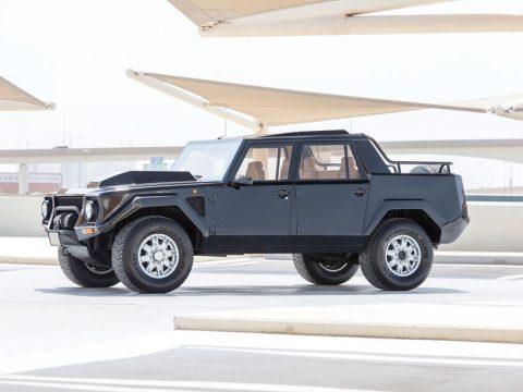 Lamborghini LM002 – 1990